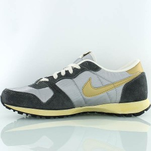 nike-AIR_VENGEANCE_VINTAGE-gold_silver